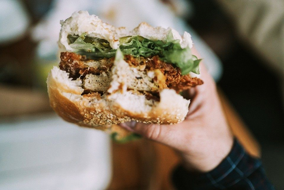 zdravý burger z tuniaku
